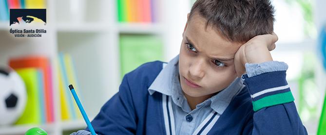 ¿Cómo influye la visión en el rendimiento escolar?